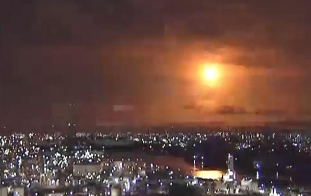 Останній спалах падаючого небесного тіла було порівняно за силою яскравості з повним Місяцем.
