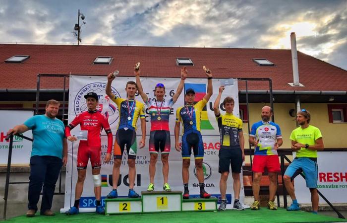 Закарпатський велогонщик виборов срібло на змаганнях в Словаччині