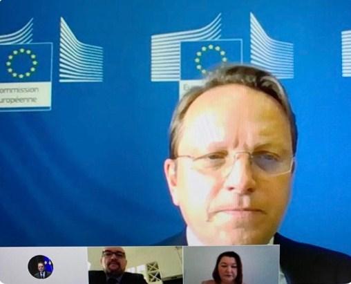Єврокомісар з питань розширення і сусідства ЄС Олівер Варгеї у п'ятницю провів онлайн-зустріч з представниками угорців Закарпаття щодо необхідності України забезпечити права національних меншин.