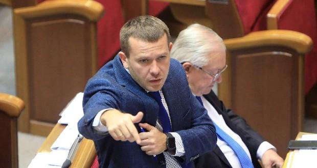 Відомо, що на Covid хворіє і лідер цієї політичної сили Юлія Тимошенко.