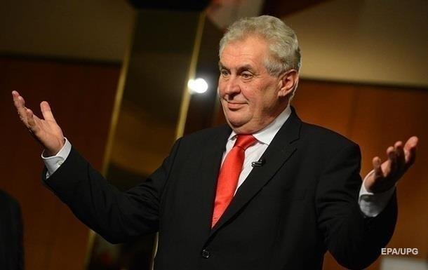 Бенешова вважається соратницею прем'єр-міністра Андрія Бабіша, проти якого порушено справу про шахрайство.