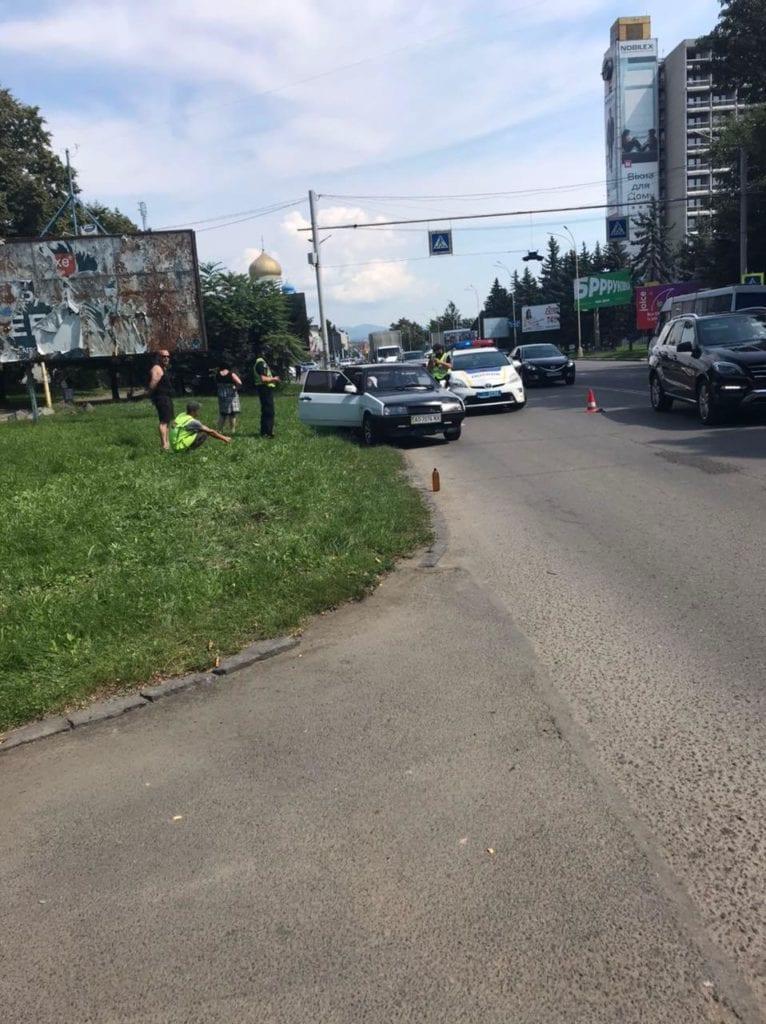 Аварія сталася в Ужгороді на вулиці Минайській.