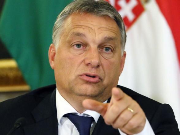 Прем'єр-міністр Угорщини під час свого першого візиту до Білорусі закликав зняти з країни санкції ЄС.