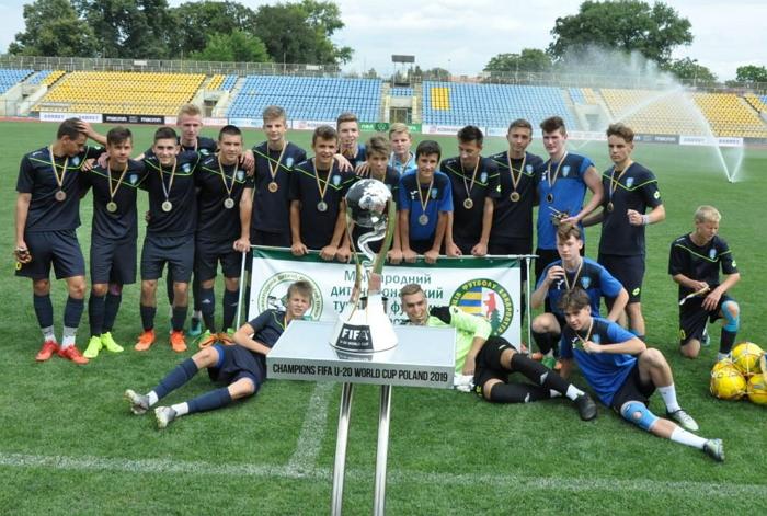 Напередодні, 18 серпня, відбулись фінальніі матчі VI міжнародного турніру на честь Андрія Гаваші.