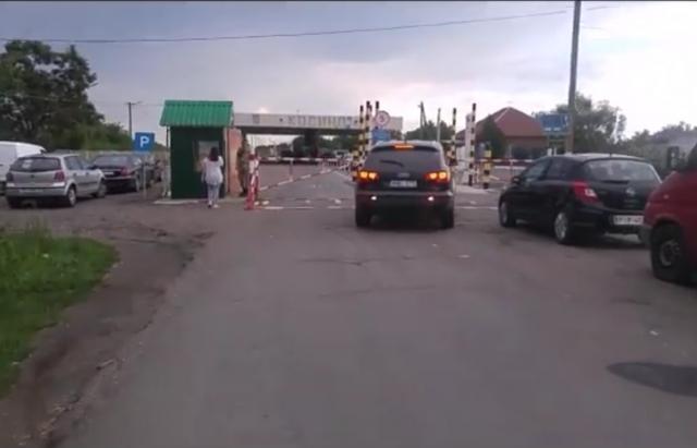 Як інформує Західне регіональне управління Держприкордонслужби України-Західний кордон, черг майже нема.