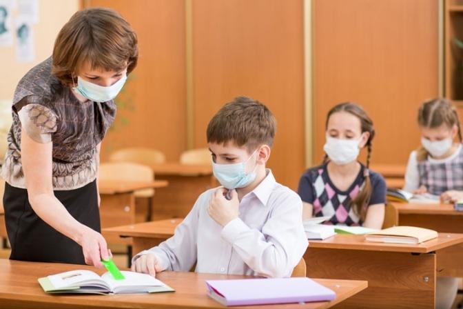Сергій Шкарлет назвав причини, по яких вчителі не приходять вакцинуватися.