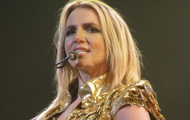 Співачка вирішила трохи відпочити від життя на публіку. Вона обіцяє повернутися через деякий час.