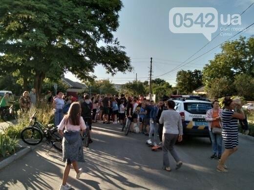 Через зґвалтування малолітнього місцеві жителі перекрили залізницю в районі вулиці Добровільної.