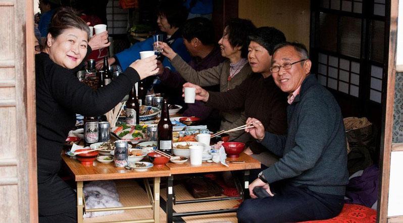 """Українка, яка живе в Японії: """"Новонароджених місяць не виносять на вулицю"""""""