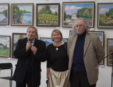 Доробок заслуженого художника України зі Свалявщини представили на виставці у Черкасах