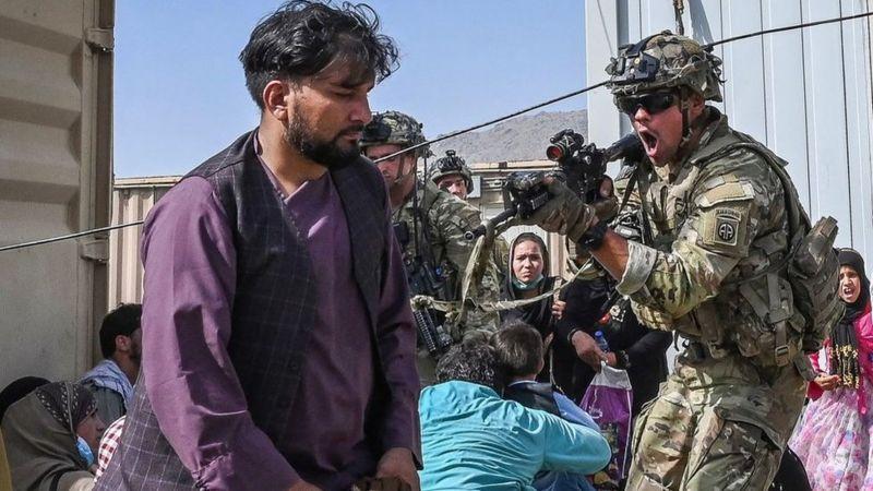 Трагічні події останніх днів в Афганістані викликали неабияке занепокоєння серед союзників США в інших регіонах, зокрема в Україні, наголошують деякі західні ЗМІ.