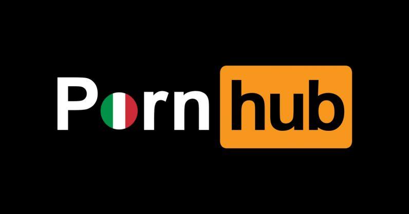 Порносервіс PornHub подарував жителям Італії, яким через коронавірус рекомендовано без необхідності не залишати житло, місячну преміум-підписку.