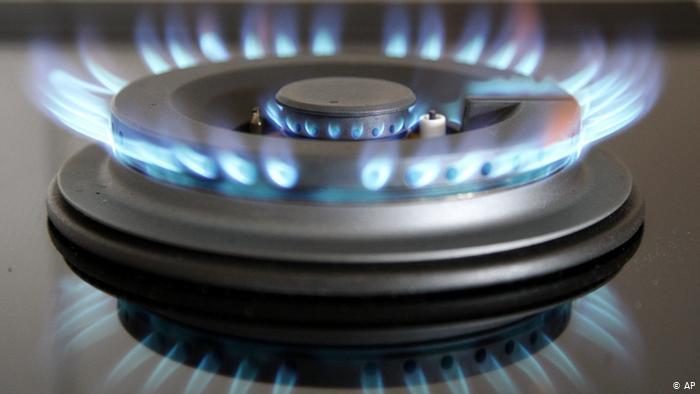 Міністр енергетики та захисту довкілля Олексій Оржель заявив, що є всі чинники для зменшення ціни на газ і відповідне рішення вже прийняте Кабміном.