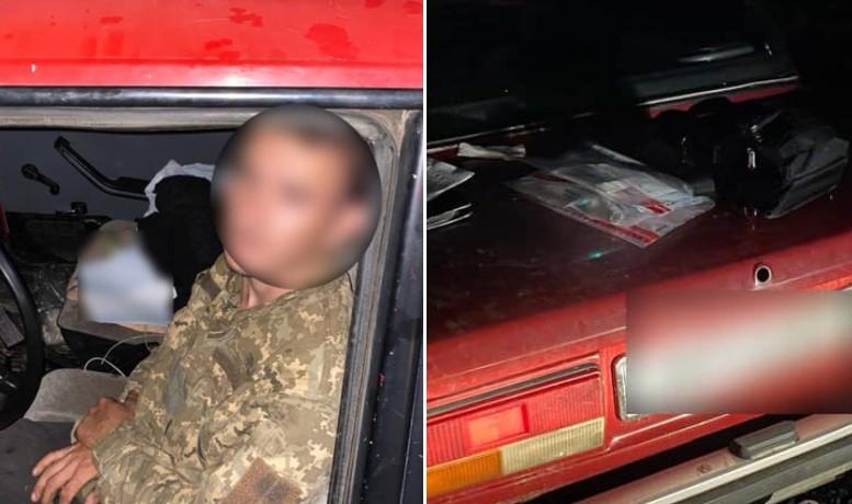 Близько 2-ї години патрульні зупинили авто за порушення ПДР.