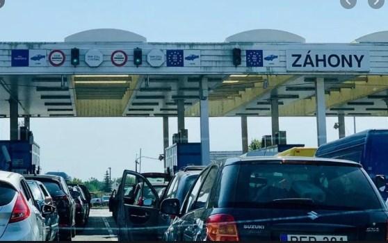 Інформуємо, що на даний час перед пунктом пропуску «Тиса» спостерігається накопичення легкових автомобілів, які прямують на виїзд з України.