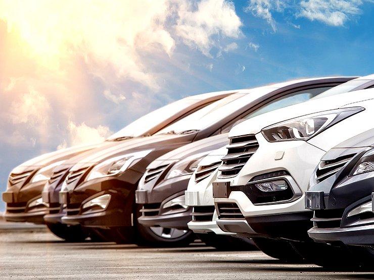 В ЄС хочуть заборонити рекламу машин з бензиновими і дизельними моторами. Винятки можуть скласти тільки для машин, використовуваних для транспортних послуг.