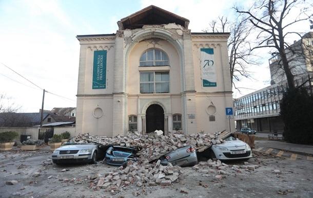 З початку середи в Хорватії відбулося відразу три землетруси. Багато людей після землетрусу у вівторок ночували на вулиці.