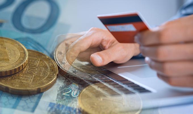 Підприємством також сплачено єдиний соціальний внесок на загальнообов'язкове державне соціальне страхування у розмірі 742 тис. грн.