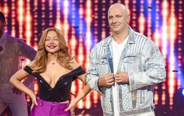Шанувальники розкритикували сміливий наряд виконавиці в третьому випуску шоу Ліпсінк батл.