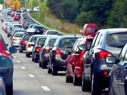 Загалом в чергах на пропускних пунктах близько трьох сотень транспортних засобів.