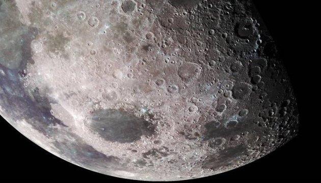 Китайці першими досягнуть зворотного боку Місяця
