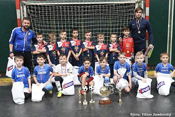 У Пряшеві пройшов на минулих вихідних міжнародний дитячий турнір Adidas 4 Sport Cup, де взяли участь і закарпатські команди.