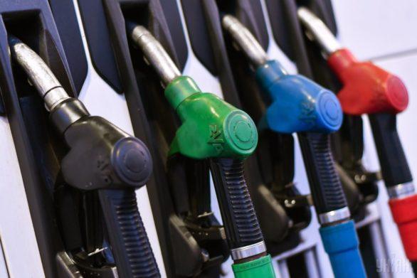 Вартість бензину на АЗС не може перевищувати 31,64 гривень за літр, а дизельне паливо не більше 29,25 гривень за літр.