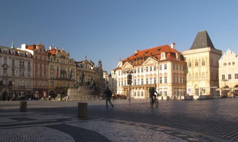 У середу в Чеській Республіці було зареєстровано 8763 випадки.