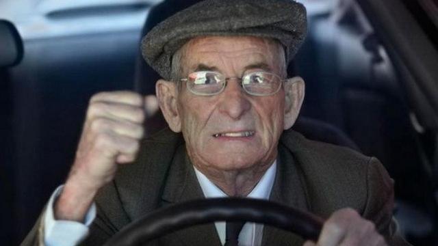 Камера фіксації швидкості поблизу французького Страсбурга в четвер зафіксувала 88-річного водія, який їхав зі швидкістю 191 кілометр на годину.