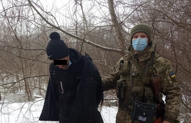 На Закарпатті прикордонники затримали нелегалів з Молдови і Лівану.