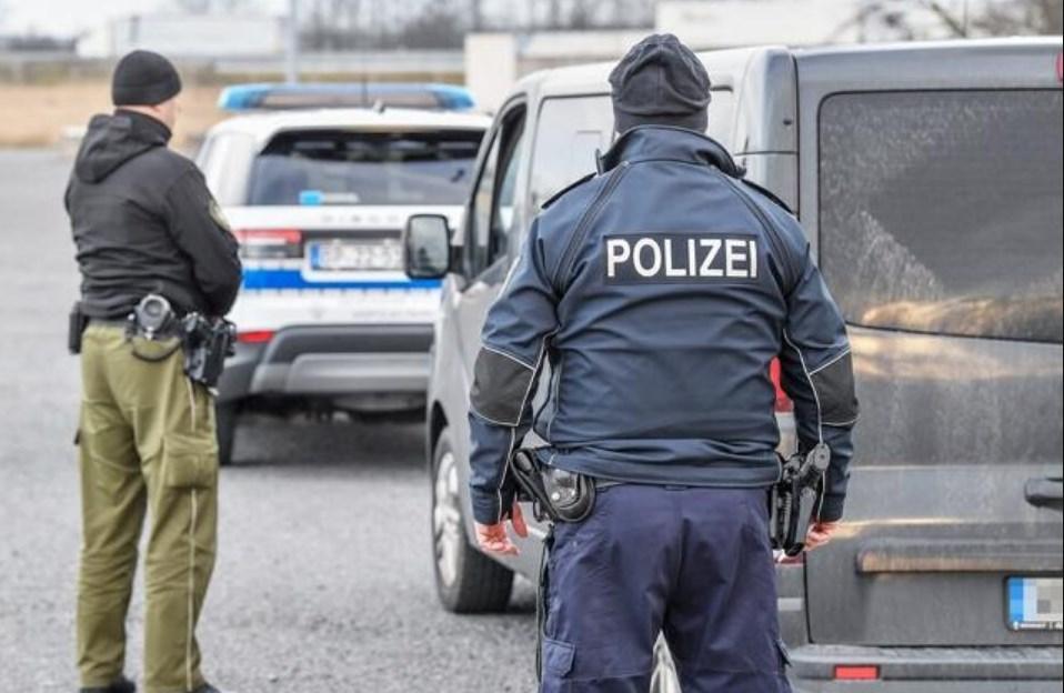 Останніми днями поліція Саксонії (Німеччина), яка межує з Польщею та Чехією, у співробітництві зі своїми колегами з інших областей Німеччини, затримала 58 нелегальних заробітчан з України.