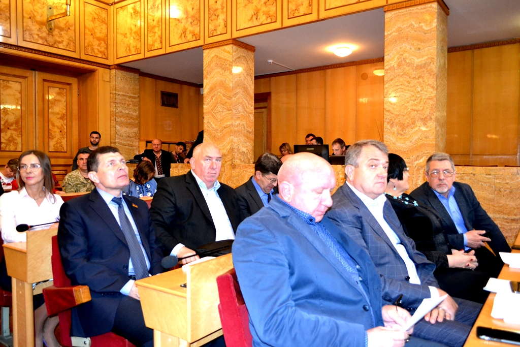 Депутати Закарпатської облради вирішили створити тимчасову контрольну комісію із  вивчення питань діяльності Мужіївського родовища поліметалевих руд.