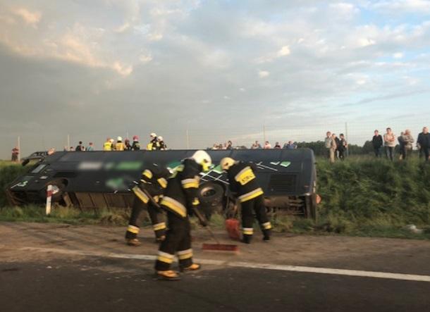 У Польщі в ДТП потрапив автобус з українцями