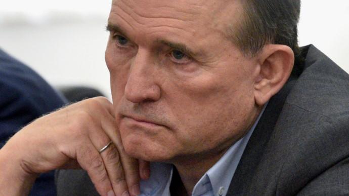 Виктор Медведчук, глава политической партии «Оппозиционная платформа — За жизнь», подозреваемый в измене, заявил, что Украина использует российский газ, который покупает в Европе.