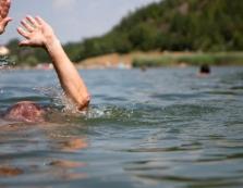 У Нижньому Коропці на території колишнього кар'єру втопився 36-річний чоловік