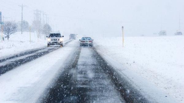 Очікуються значний мокрий сніг та сніг. Місцями налипання мокрого снігу, ожеледь.