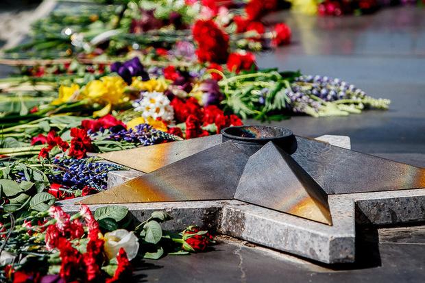 У понеділок, 14 жовтня, у м.Ужгород на «Пагорбі Слави» перед Меморіалом пам'яті загиблим, які віддали своє життя за суверенітет і територіальну цілісність України, пройде урочистий захід.