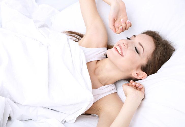 Швейцарські дерматологи порадили, як прокинутися красивою і свіжою