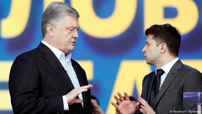Кандидати в президенти України Петро Порошенко та Володимир Зеленський проводять дебати на