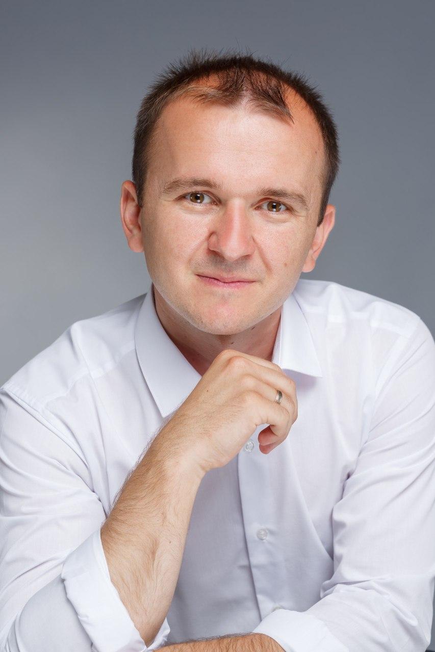 До вашої уваги - інтерв'ю із кандидатом у депутати Закарпатської обласної та Берегівської міської рад Іваном Маргітичем.