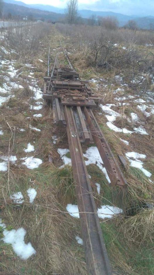 Сьогодні, 24 січня, у неділю, була спроба викрасти і знищити історичне залізничне полотно біля села Приборжавське.