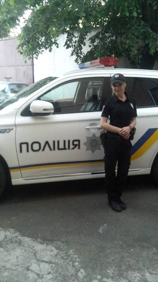 Соцмережі: на Закарпатті за дивних обставин померла 26-річна поліцейська (ФОТО)