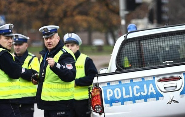 Мужчина нарушил карантин и вел себя агрессивно, говорят в польской полиции.
