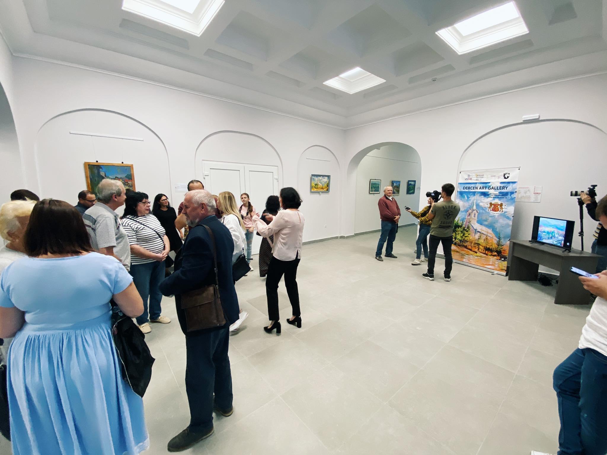 УПалаці культури і мистецтв відбулося урочисте відкриття виставки живопису