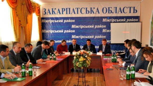 Закарпатська облрада вимагає повного припинення торговельних відносин з Росією
