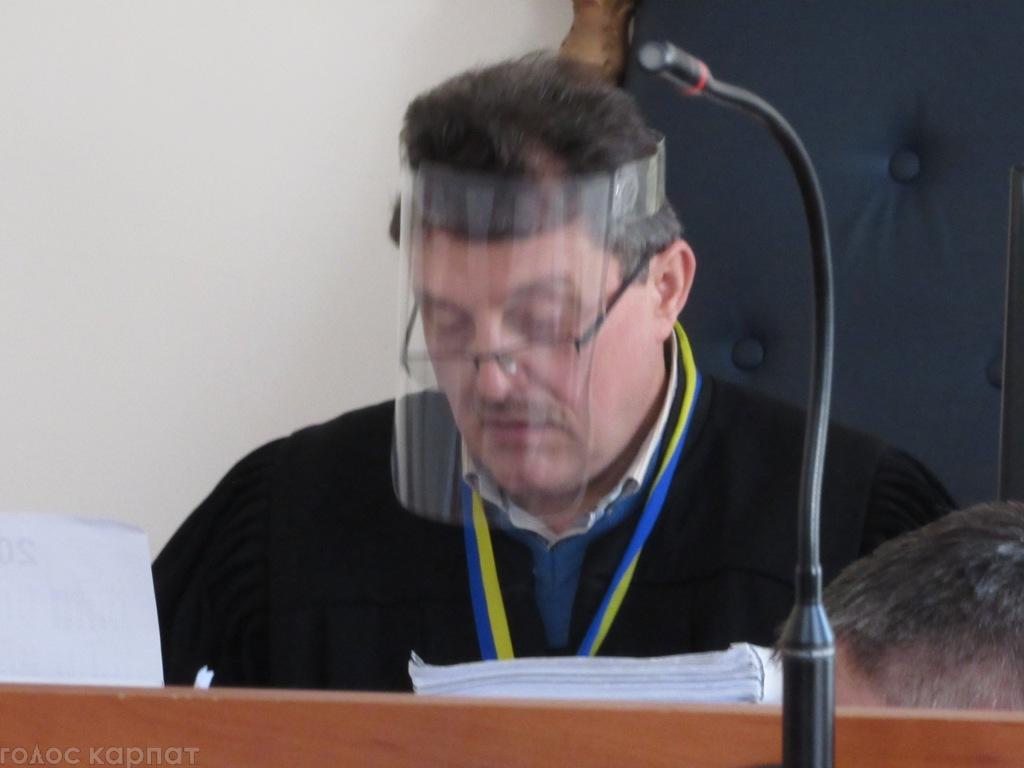 Шахрайство в банку на Закарпатті: слідчий поліції та свідки не пам'ятають обставин справи – жертви амнезії чи карколомна стратегія у суді?