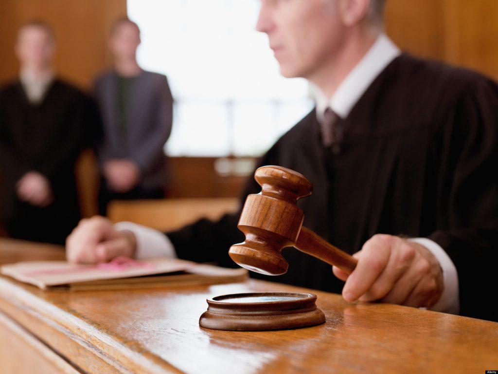 Суд у Кракові присудив три з половиною роки ув'язнення для організатора підпалу офісу ТУКЗ (КМКС) у 2018 році Міхала П, а також виніс вирок двом співучасникам
