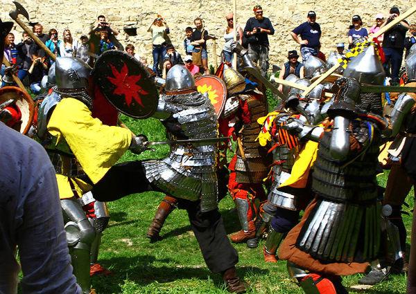 Закарпатців та гостей регіону запрошують на лицарські бої.