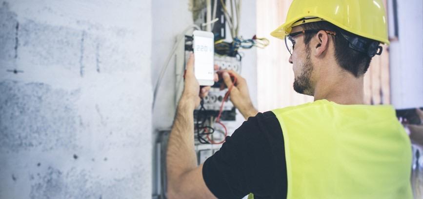Як інформувало ПрАТ «Закарпаттяобленерго», протягом тижня працівники товариства виявили 45 фактів крадіжок електроенергії, накладено штрафі на суму понад 342 тисяч гривень.