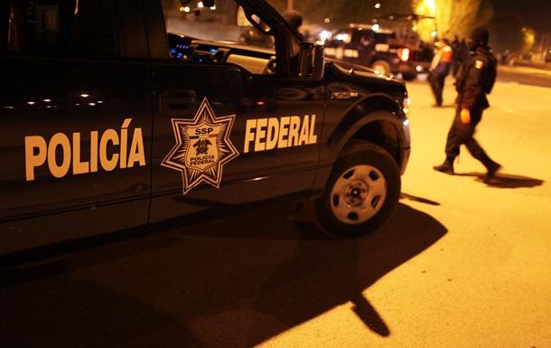У підозрюваного також виявили лобзик і аудіозаписи більше десятка вбивств. Точна кількість жертв серійного вбивці буде встановлено після проведення ДНК-експертизи.